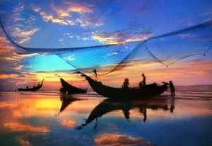 APAS Gold Medal - Tong Hu (China)  Morning In The Fishing Village