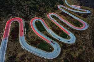 APU Honor Mention e-certificate - Li Hejiao (China)  The Mountain Road Is Winding