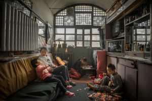APAS Gold Medal - Ciliang Ren (China)  Life At Cave Dwelling