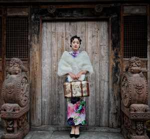 PhotoVivo Gold Medal - Lee Eng Tan (Singapore)  Old Teahouse Beauty At Door