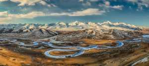 PhotoVivo Gold Medal - Jing Li (China)  Vast Sky 1