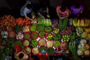 APAS Gold Medal - Cho Mar Htun (Singapore)  Greengrocer shop