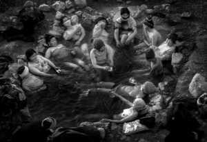 PhotoVivo Gold Medal - Hong Sang Woo (Malaysia)  Tibetan Bathing Cultural
