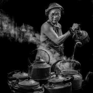 PhotoVivo Gold Medal - Zenghua Liu (China)  Man In The Teahouse 2