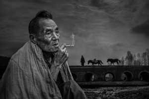 PhotoVivo Gold Medal - Kun Li (China)  Thinking