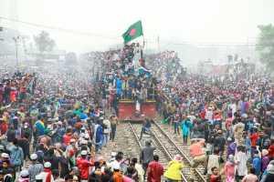 PhotoVivo Gold Medal - Im Kai Leong (Macau)  Crowded Train