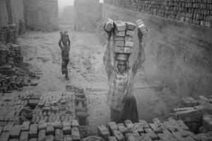 PhotoVivo Gold Medal - Weining Lin (China)  Life At Brickyard 1