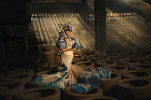 APU Gold Medal - Zhihong Xu (China)  Porcelain Rhyme Beauty 2