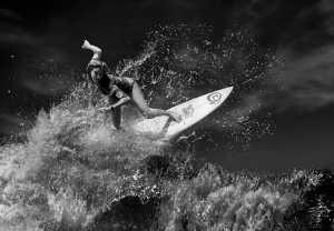 Circuit Merit Award e-certificate - Yongxiong Ling (Australia)  Woman Surfing