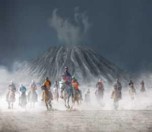 ICPE Gold Medal - Juanjuan Shen (China)  Caravan Into The Volcano