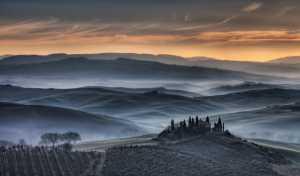 APU Honor Mention E-Certificate - Michele Macinai (Italy)  Tuscan Golden Sunrise 15