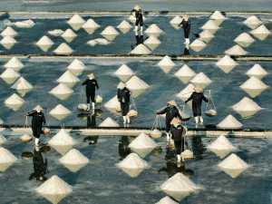 APAS Honor Mention e-certificate - Huu Hung Truong (Vietnam)  3- Salt Season