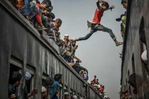 PhotoVivo Gold Medal - Siyuan Huang (China)  Leap 1