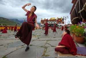 Honor Mention - Qiang Cai (China)  The Lamaists