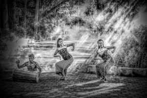 Raffles Honor Mention E-Certificate - Thinh Nguyen (USA)  Street Dancers