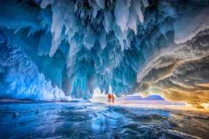 PhotoVivo Gold Medal - Ching Ching Chan (Hong Kong)  Ice Cave Adventure