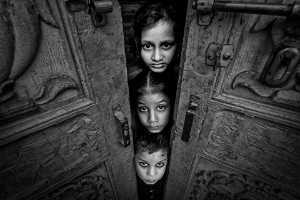 PhotoVivo Honor Mention e-certificate - Saurabh Sirohiya (India)  Hidden Stories