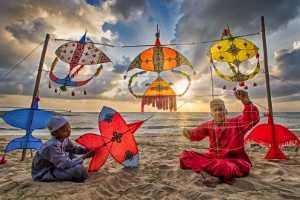 PhotoVivo Honor Mention e-certificate - Tan Tong Toon (Malaysia)  Dawn Kite Maker