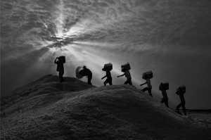 Circuit Merit Award e-certificate - Xuan Han Nguyen (Vietnam)  Salt Carrying Men