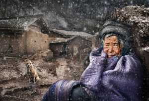 ICPE Honor Mention e-certificate - Sally Leung (Hong Kong)  Waiting In The Snow