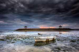 PhotoVivo Gold Medal - Venisiana Dharmayanthi (Indonesia)  Rock Beach Bali