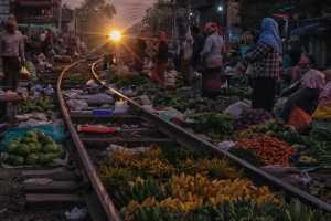 ICPE Honor Mention e-certificate - Nan Kay Thi Hlaing (Myanmar)  Train Market