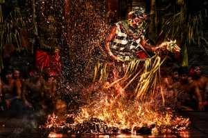 PhotoVivo Honor Mention e-certificate - Say Boon Foo (Malaysia)  Fire Dance