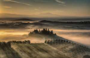 PhotoVivo Honor Mention e-certificate - Michele Macinai (Italy)  Tuscan Golden Sunrise 19