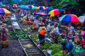 PhotoVivo Gold Medal - Thi Ha Maung (Myanmar)  Colorful Market In Mandalay