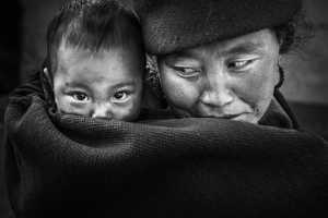 PhotoVivo Gold Medal - Lishu Shu (China)  Mother And Child
