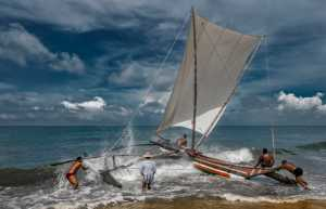APU Gold Medal - Pandula Bandara (Sri Lanka)  Sailing At Rough Sea