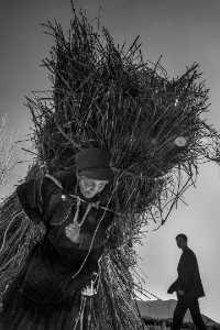 PhotoVivo Gold Medal - Zenghua Liu (China)  Life In Liangshan 4