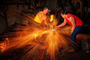 PhotoVivo Honor Mention e-certificate - Xiaomei Xu (China)  Blacksmiths
