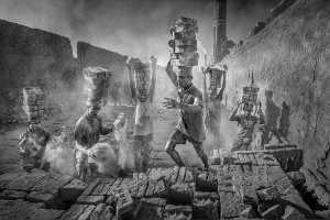APAS Gold Medal - Yuk Fung Garius Hung (Hong Kong)  Brick Workers 2