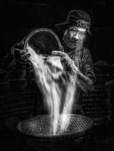 PhotoVivo Honor Mention e-certificate - Huynh Van Truyen (Vietnam)  Salt Stew