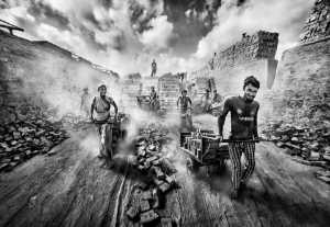 APU Gold Medal - Yuk Fung Garius Hung (Hong Kong)  Brick Workers