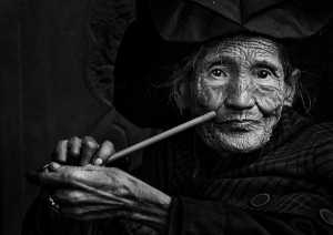 PhotoVivo Honor Mention e-certificate - Wenchuan Xia (China)  The Yi Granny