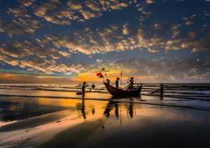 PhotoVivo Honor Mention e-certificate - Hung Kam Yuen (Australia)  Morning Glory