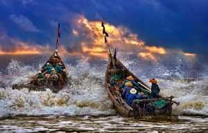 PhotoVivo Gold Medal - Tong Hu (China)  Sea Fishermen
