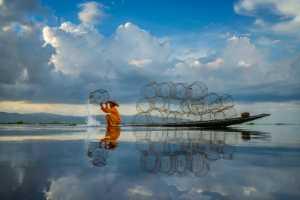 Circuit Merit Award e-certificate - Hein Htet (Singapore)  Inle Fisherman 03