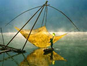 PhotoVivo Honor Mention e-certificate - Dao Tien Dat (Vietnam)  Morning On Tuyen Lam Lake No 2