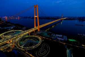 PhotoVivo Gold Medal - Yanbin Wang (China)  Yangtze River Bridge