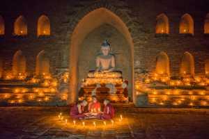 PhotoVivo Gold Medal - Chyong Yau Lin (USA)  Light Up The Buddha's Light Of Wisdom