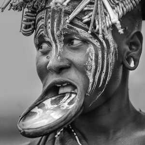 PhotoVivo Gold Medal - Li Jiang (China)  Beautiful Mursi Tribe