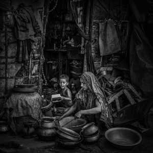 APAS Gold Medal - Siyuan Huang (China)  Slum Life 3