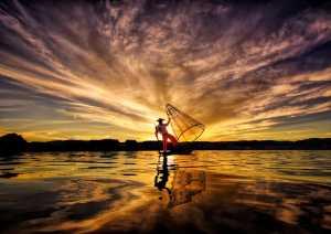 SIPC Silver Medal - Pui-Chung Yee (Singapore)  Inle Fisherman Sunset