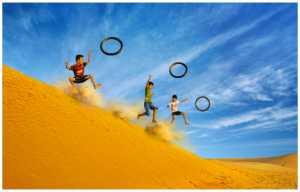 PhotoVivo Honor Mention e-certificate - Yan Wong (China)  Jumping