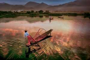 PhotoVivo Gold Medal - Hong Sang Woo (Malaysia)  To Cross The River