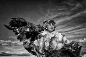 APAS Gold Medal - Lee Eng Tan (Singapore)  Mongolian Eagle Hunter 22