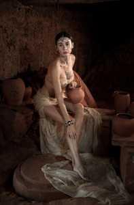 Circuit Merit Award e-certificate - Min Zhong (China)  Pottery Woman